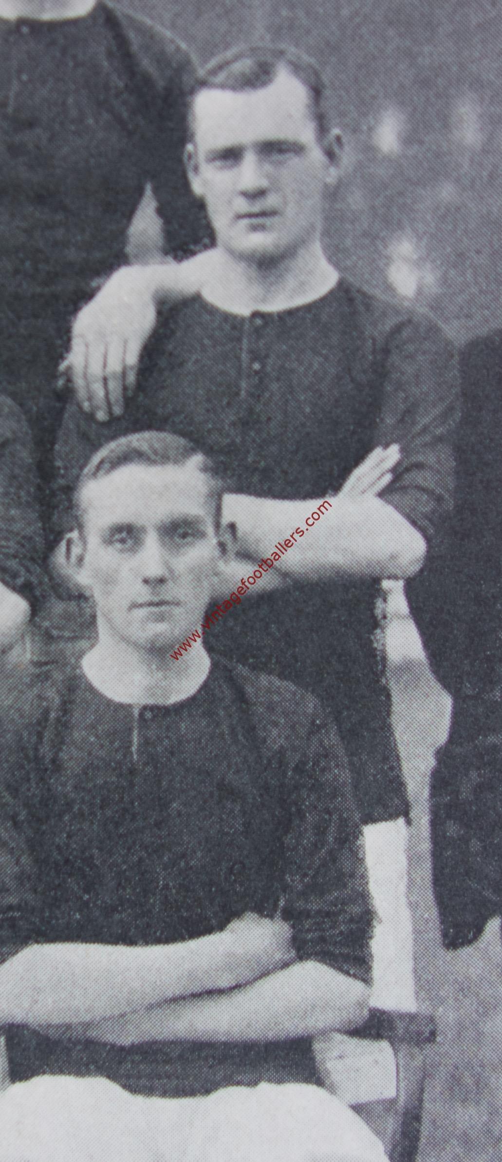 7f177e26821 Peddie Jock Image 3 Manchester United 1905 - Vintage Footballers